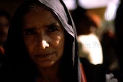 Pakpatan-19 (Nicola Okin Frioli) Tags: pakistan portrait photography photo foto photographer photojournalism punjab pilgrimage fotografo photojournalist theface okin okinreport wwwokinreportnet nicolaokinfrioli fotogiornalista pakpattan babafareedganj nicolafrioli