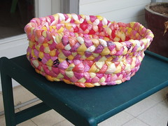 P4010007 (Arbel Egger) Tags: pink basket craft recycle plasticbags banthebag goodbag