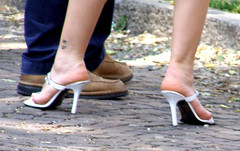 white (pucci.it) Tags: candid heels sandal femalefeet