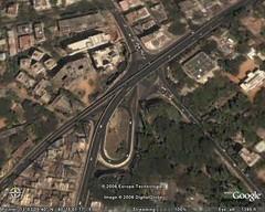 Half a Clover (Ravages) Tags: road bridge india map satellite madras expressway chennai googleearth gemini flyover tamilnadu indianness annaflyover