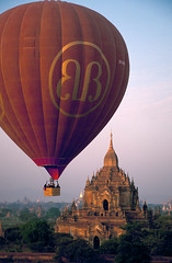 Velvia #1 002 (Kelly Cheng) Tags: topf25 temple balloon velvia myanmar paya bagan htilominlo lptransport pickbykc
