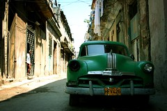 Green car(d) :D (let's fotografar) Tags: car interestingness havana cuba carro oldcar carroantigo