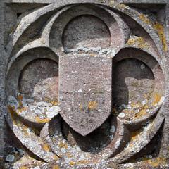 shield (Leo Reynolds) Tags: cemetery canon eos 350d iso400 squaredcircle shield churchyard f11 56mm cemeterysymbol quatrefoil 0003sec 0ev hpexif groupcemeterysymbolism sqrandom xsquarex sqset010 xleol30x xratio1x1x xxx2006xxx