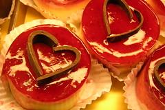 Feliz Dia dos Namorados (gi varga.) Tags: red love heart chocolate amor comida explore corao doce