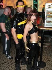 Tight n' Stretchy is for Heroes (megadem) Tags: costumes cosplay cyclops rubber suit xmen latex dragoncon jeangrey dragoncon2005
