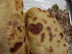 Pfannekucken (Lbeck81) Tags: essen hack herz ei teller eier pfanne zufall pfannekuchen