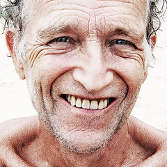 dedicated (Paul Gosney) Tags: winter portrait cold beach 2006 barry swimmer sydneyharbour wiskers nielsenpark paulgosney acmp utatacolorblack utataposes