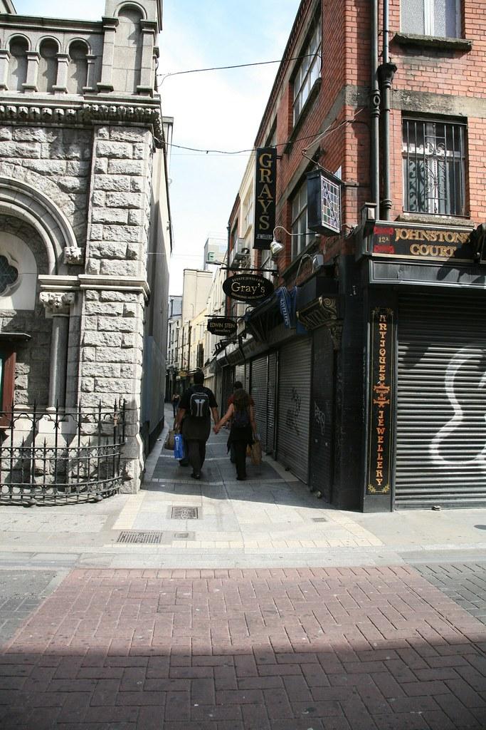 JOHNSTONS COURT DUBLIN