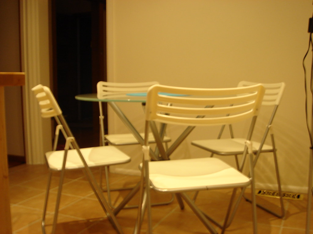 Dining table  & 4 chairs $110 pic1
