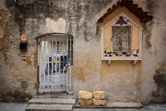 1602273a (Bogdan Szadowski) Tags: italy mazaradelvallo sicily architecture building gate outdoor shrine streetphoto sicilia