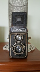 Altiflex Camera (1936-37) (Bob Palin) Tags: 15fav 1025fav 510fav 100v10f club100 100vistas instantfave