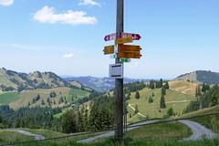 Wegweiser auf Alp Imbrig Marbach (Martinus VI) Tags: schweiz switzerland suisse suiza luzern svizzera alp emmental marbach kanton entlebuch bumbach schangnau imbrig