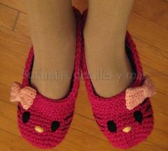 Hello kitty slippers (Lauris196) Tags: hello crochet kitty slippers pantuflas