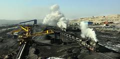 On a Knife-Edge (Kingmoor Klickr) Tags: sandaoling opencast mine js 8167 8225 china xinjiang province industry industrial railway conveyor loader