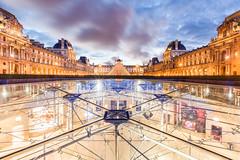 Louvre by night (Loïc Lagarde) Tags: canoneos5dmarkiii pixalib instagram paris îledefrance france fr