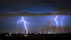 Light - ning (MartinFechtner-Photography) Tags: sky city night clouds lightning long exposure storm thunderstorm blitz ruhrgebiet gewitter ruhr zollverein halde rheinelbe electric 70200mm f4 canon eos 6d himmelstreppe outdoor himmel