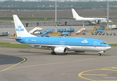 PH-BXA B737-800 KLM (JaffaPix +4 million views-thanks...) Tags: airplane airport aircraft aviation aeroplane airline boeing klm schipol kl ams airliner 737 eham b737 25may05 b737800 amsterdamairport phbxa jaffapix davejefferys