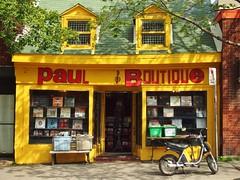 Paul Boutique (jlborja66) Tags: pen montreal streetphotography olympus ep3 avenuemontroyal paulboutique jaimeborja