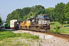 CSX Z303-06 at S.E. Bridgeport (KD Rail Photography) Tags: railroad up ns alabama trains unionpacific ge csx norfolksouthern emd stacktrain sd70ace d940cw