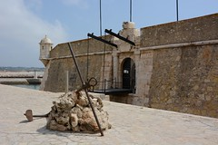 Fortress of Ponta da Bandeira (Grumpys Gallery) Tags: building portugal fort lagos fortress