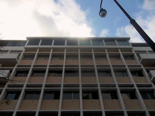 Edificio de Apartamentos Solera Bennett av.3-5, c.5/ Solera Benneth apartment building 3rd-5th av., 5th st.