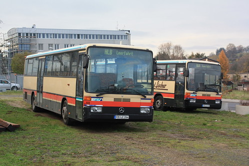 HLB Bus: Mercedes-Benz O 407 Wagen 933 und 923 in Butzbach