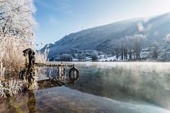 Ponton sur l'Ain (Philippe Jeandin   Photographie) Tags: ain jura river ponton old hiver winter snow freeze frozen ice glace gelé eau pneu montagne ciel nuages cloud halo olympus finest wanderer wander