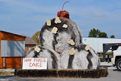 """Hay Fudge Cake"" (Jake (Studio 9265)) Tags: hay bale art creative display artwork country rural usa united states america todd county ky kentucky fall 2016 fudge cake cherry"
