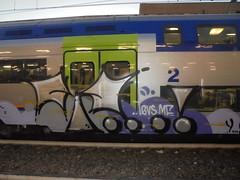 045 (en-ri) Tags: yoga pevs crew lilla nero argento train torino graffiti writing