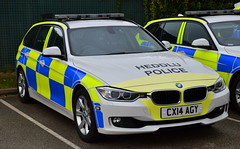 North Wales Police | BMW 330D | Roads Policing Unit | CX14 AGY (Chris' 999 Pics) Tags: north police nwp bmw x5 5 series 330d 3 rpu roads policing unit traffic car arv armed response vehicle firearms weapons welsh base 999 112 emergency law enforcement crime criminal prevention wales cx14agu