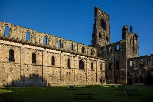 Kirkstall Abbey-12