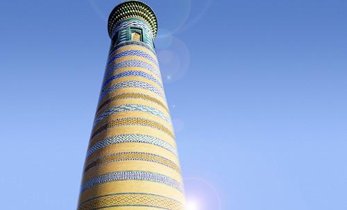 "Torres legendarias / Faros, minaretes, campanarios, rascacielos • <a style=""font-size:0.8em;"" href=""http://www.flickr.com/photos/30735181@N00/32493408856/"" target=""_blank"">View on Flickr</a>"