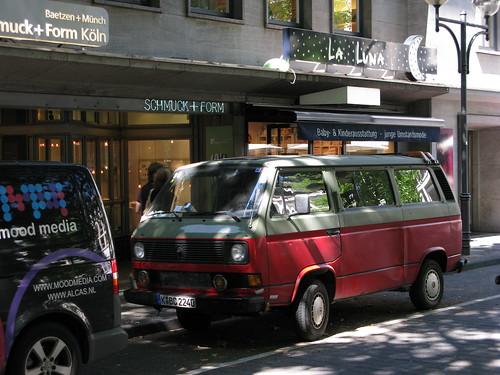 Köln - Volkswagen Van (old type)