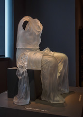"""Seated Dress with Impression of Drapery"", Karen LeMonte, 2005 (Joey Hinton) Tags: olympus omd em1 cincinnati art museum mft m43 microfourthirds 1240mm f28"