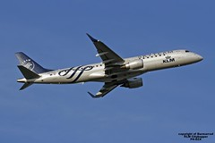 PH-EZX EHAM 26-06-2016 (Burmarrad) Tags: airline klm cityhopper aircraft embraer 190100std registration phezx cn 19000545