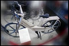 itera plastic fiets 01 1982 (museum vd 20e eeuw hoorn 2016) (Klaas5) Tags: netherlands holland ©picturebyklaasvermaas niederlande paysbas nederland vormgeving museum museumvande20eeeuw museumofthe20thcentury exhibition tentoonstelling 1970s1980sdesign industrialdesign industrieelontwerp bike bicycle fiets