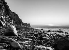 DSC_4449 (fabiennethelu) Tags: escalles mer plage stalactites sunset noiretblanc seaside sea seascape beach rock blackandwhite cliff