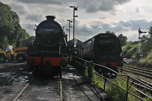 LMS Black 5 45379 & Bulleid West Country 34007 Wadebridge