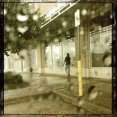 During the downpour yesterday #DownTownTulsa (alnbbates) Tags: hipstamatic canocafenolfilm nevillelens