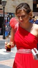 Dama En Rojo