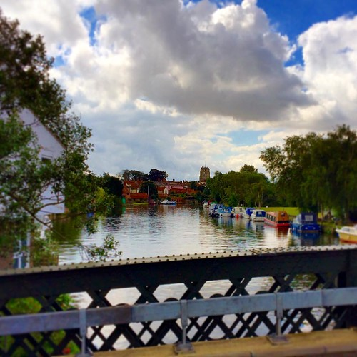 Lovely River Waveny in the heart of Beccles. #upsticksngo #travel #england #Suffolk #beccles
