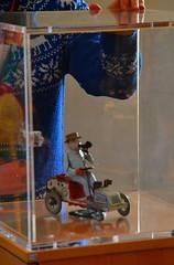 Ritorno al Museo del Giocattolo (Colombaie) Tags: omogirando visita guidata visite guidate gay friendly lgbt turismo cultura omosessuali omosessuale eterosessuali insieme integrazione tempolibero divertirsi amici arte zagarolo lazio natale avvento 2016 inverno maglione norvegese blu renne fiocchi bianchi lana natalizio guida spiegazione vetrina giocattolo molla latta lehmann novecento automobile automobilina macchinina machina potpot