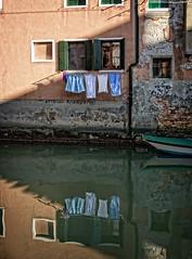 Approdo riservato (Landing reserved) (Tigra K) Tags: venice veneto italy it 2014 city fabric reflection river ruin window