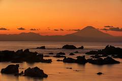 Fujisan from arasaki (Mori.Kei) Tags: 富士山 荒崎 荒崎公園 岩 locks sunset orange sea 海 ocean fujisan silhouette nikon ニコン d810