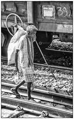 'எதுவரை வாழ்க்கை அழைக்கிறதோ.. (Ramalakshmi Rajan) Tags: people nikond5000 nikon nikkor18140mm railwaystation tatanagar jamshedpur indians india lifeinindia blackandwhite blackwhite bw aged elderly