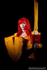 Lady McSif (dgwphotography) Tags: cosplay nycc nycc2016 newyorkcomiccon nikond600 50mmf18g nikoncls thor mcthor ladymcsif marvelcomics