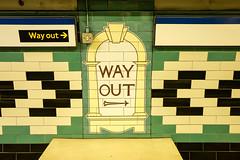 L1000671.jpg (kp-snaps) Tags: londonunderground thetube england london russellsquarestation tube piccadillyline underground uk tfl