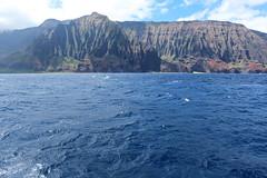 Na Pali Coast, Kauai, Hawaii (Baptiste L) Tags: napalicoast hawaii kauai cliff