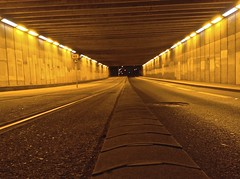 Night Tunnel (Quasqua) Tags:
