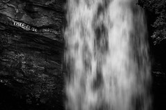 Take Reisen Hildesheim (Markus Trienke) Tags: norwegen sommer urlaub møreogromsdal no water waterfall canon eos 70d nature landscape bw black white monochrome stones cliff geiranger